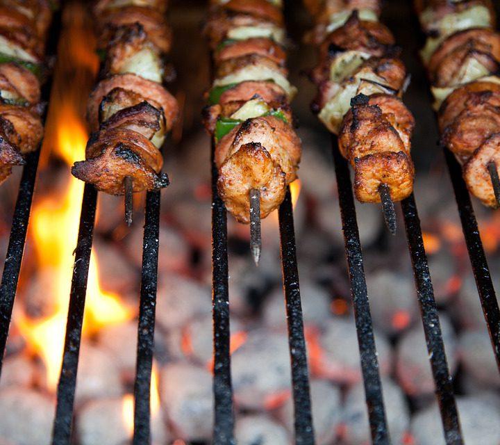 Weer lekker de Kamado BBQ aansteken!